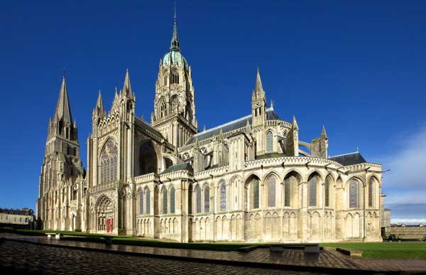 France Travel: Best Places to Visit in Bayeux