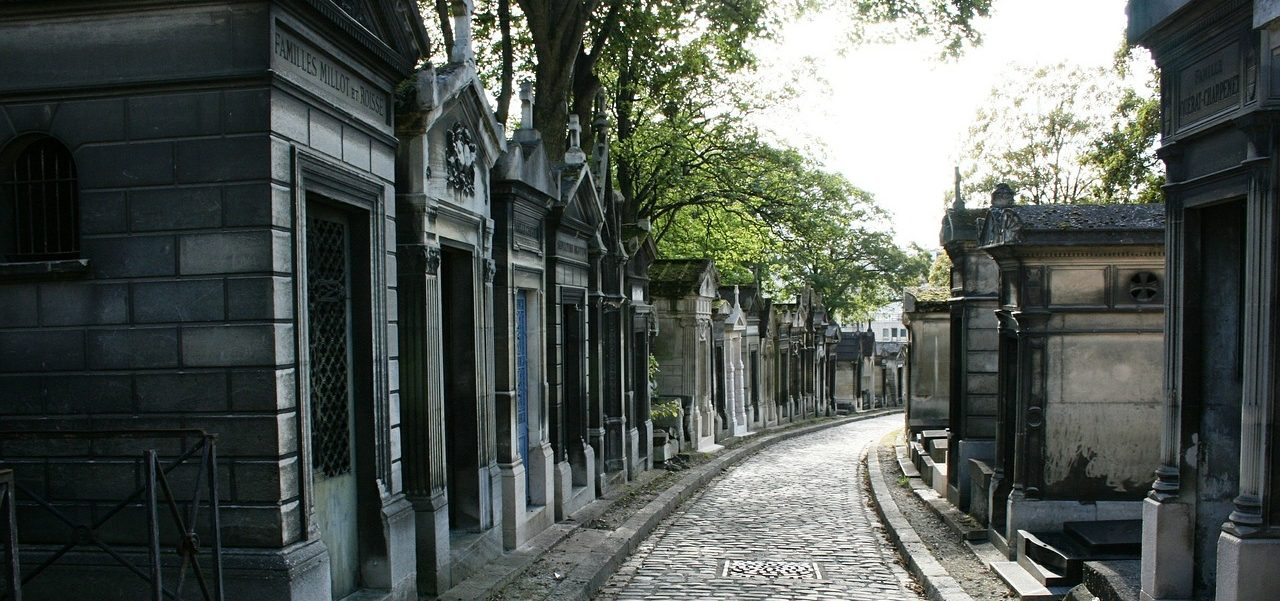 Paris Travel: The Père Lachaise Cemetery