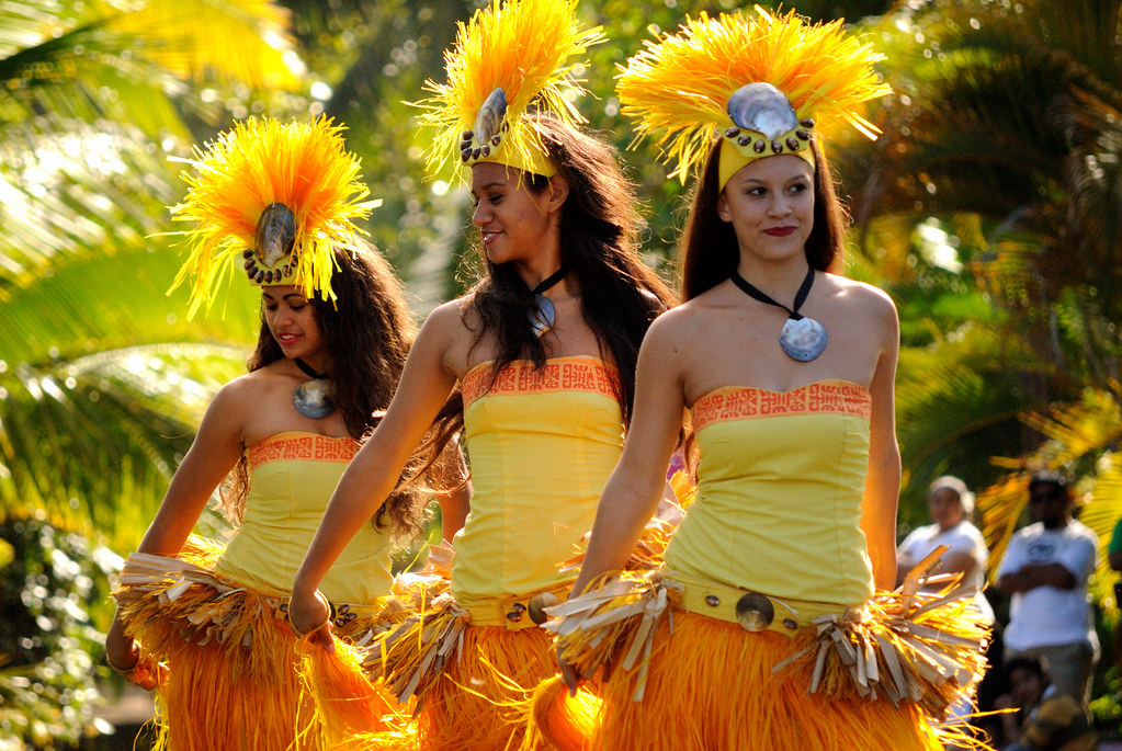 Polynesian Cultural Center - Canoe Pageant